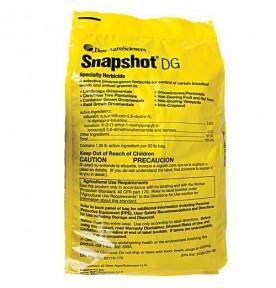 Snapshot Weed Control 25 lb